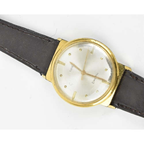 50 - A group of vintage electronic watches to include a 17 jewel Matthey-Dovet Electronic gents wristwatc...