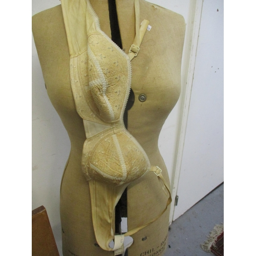 19 - A 1945 Chil-Daw Pioneer dressmakers mannequin No. 344739, British made, size 32-39