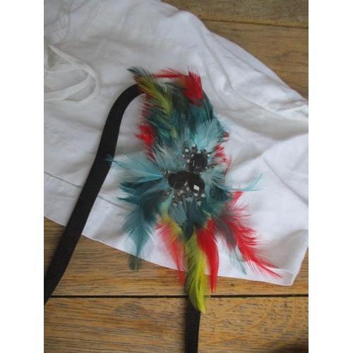 42 - Vintage scarves to include a Jacqmar horse stirrup and belt design scarf, a blue, silk tasselled sha...