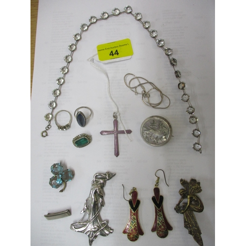 44 - A selection of costume jewellery to include a silver and enamelled pendant cross on chain, a Victori...