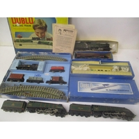 A selection of 00 gauge trains to include a boxed Hornby Dublo electric train set