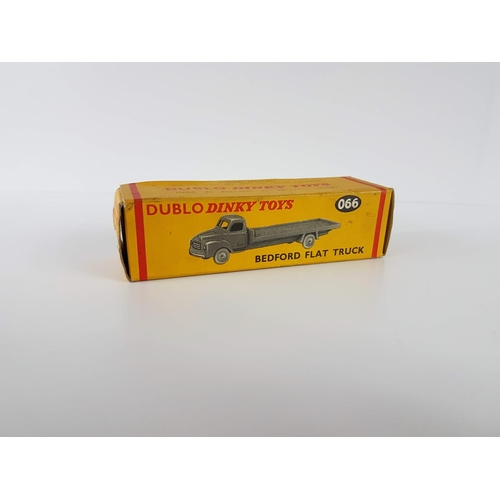 4 - A Boxed Dublo Dinky Toys 066 OO Gauge Bedford Flat Truck - In Excellent Condition....