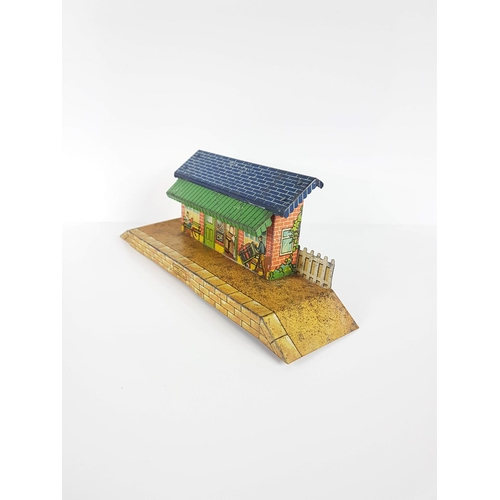 57 - A Hornby Series O Gauge By Meccano Tin Plate Station Platform Booking Offce - In Good condition....
