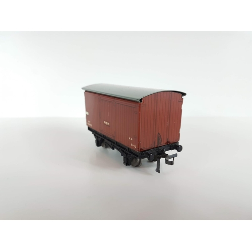 70 - A Boxed Hornby Dublo OO Gauge D1 Fish Van  - In Excellent Condition....