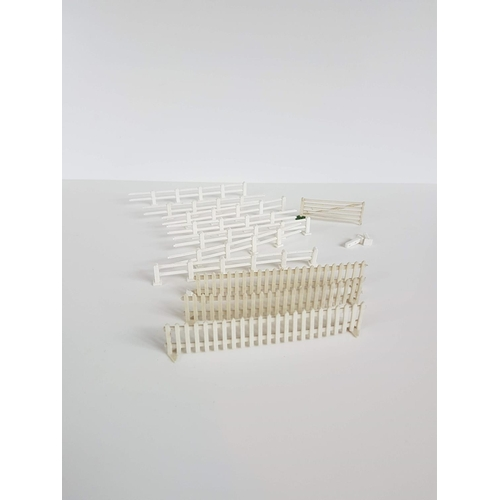 72 - Boxed Merit OO Gauge Post & Rail Fencing Railway Accessories - In Excellent Condition....