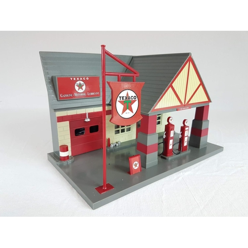 75 - A Promotional Display Texaco Petrol Station Complete With Ford Dealer Pick Up - Originally Used For ...