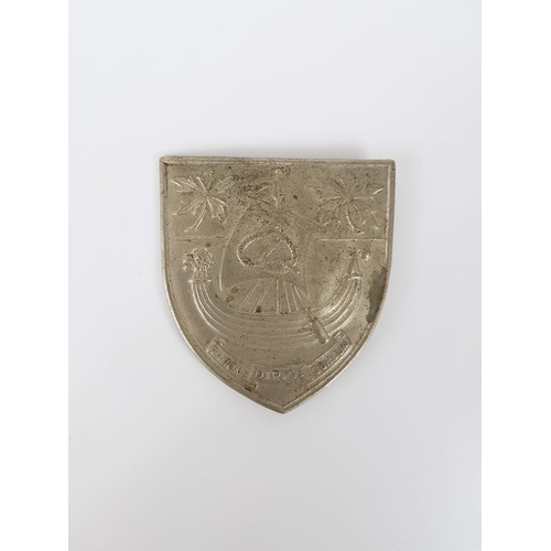 28 - A Nurses Buckle Bearing The Coat Of Arms For The University College Hospital London Reading