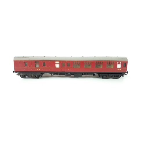 43 - A Set Of Three Hornby OO Gauge Maroon Railway Coaches....