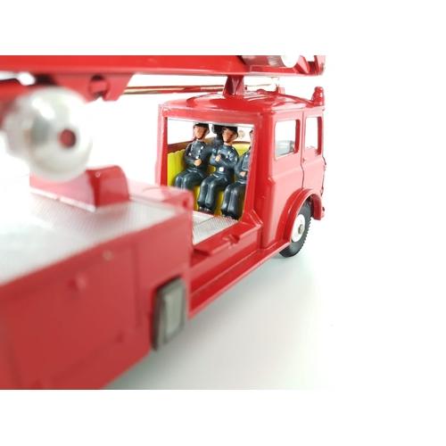 45 - A Boxed Corgi Toys 1127 Simon Snorkel Fire Engine In Excellent Condition....
