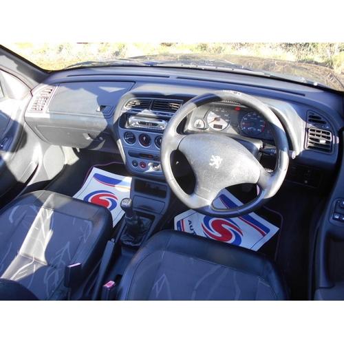 129 - A 1999 Peugeot 306 cabriolet, registration number T862 TCF, purple. The Pininfarina designed 306 cab...
