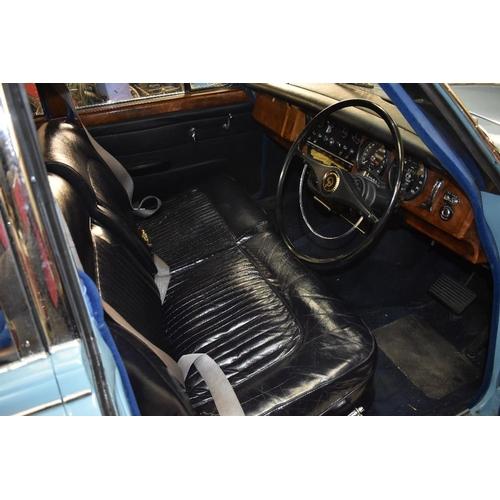 148 - A 1967 Daimler V8 250 saloon, registration number XNK 854F, chassis number P1K1322BW, engine number ...