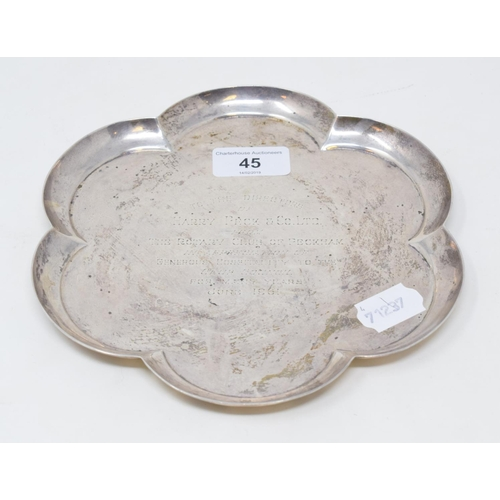 45 - A silver tray, of lobed circular form, with a presentation inscription, London 1960, approx. 11.3 oz...