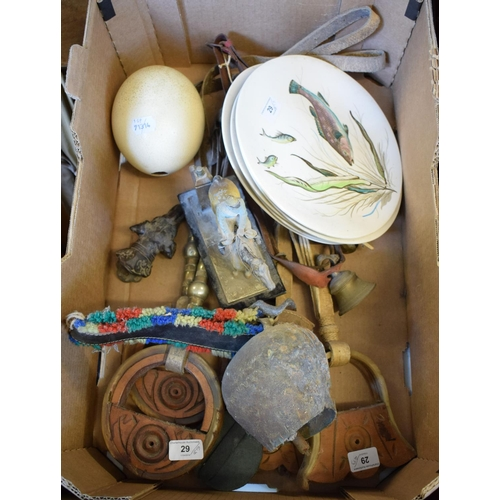 29 - A painted metal horse and jockey table lighter, 18 cm wide and other sporting items (box)...