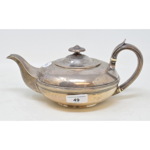 49 - A William IV silver teapot, of compressed circular form, Edward, Edward, John and William Barnard, L...