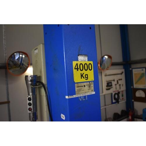 40 - A complete MOT testing bay, with Hofmann 4000 kg four post ramp, Hofmann brake tester, etc. (qty)...
