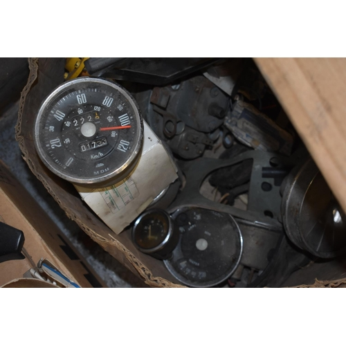 5 - Assorted gauges, including a Jaeger speedometer (qty)...