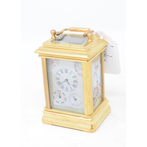 810 - A miniature carriage timepiece, 10 cm high...