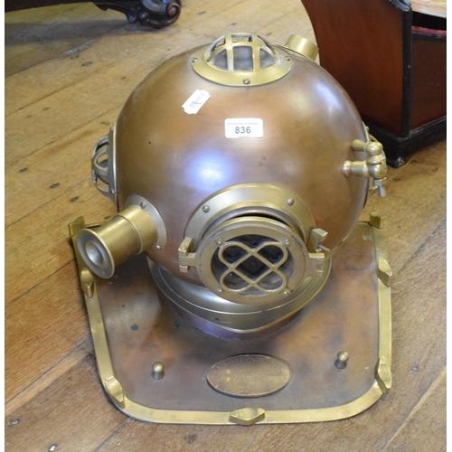 836 - A modern diving bell...