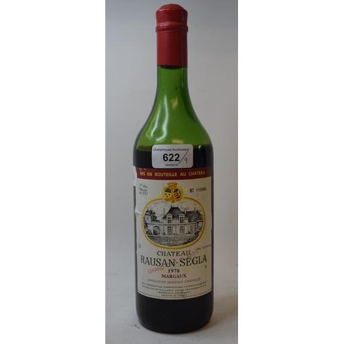 622 - A bottle of Chateau Smith Haut Lafitte Grand Cru, 1983, a bottle of Chateau Gazin Cotes De Bourg, 19...