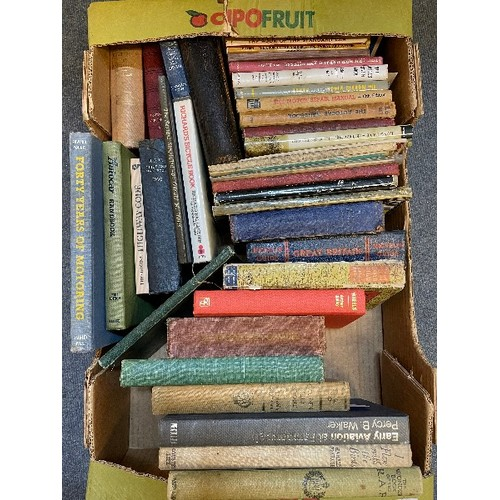 416 - A large group of assorted volumes (8 boxes)