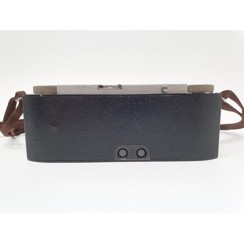 11 - A Stereo Realist camera, with leather outer case  Provenance: Part of a vast single owner collection...