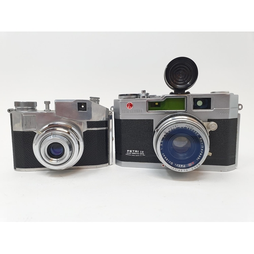 35 - A Petri 2.8 camera and a CMF Comet II camera (2)  Provenance: Part of a vast single owner collection...