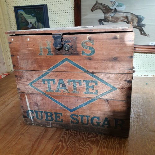 245 - An early 20th century pine packing chest, for Tate Cube Sugar, 53 cm wide