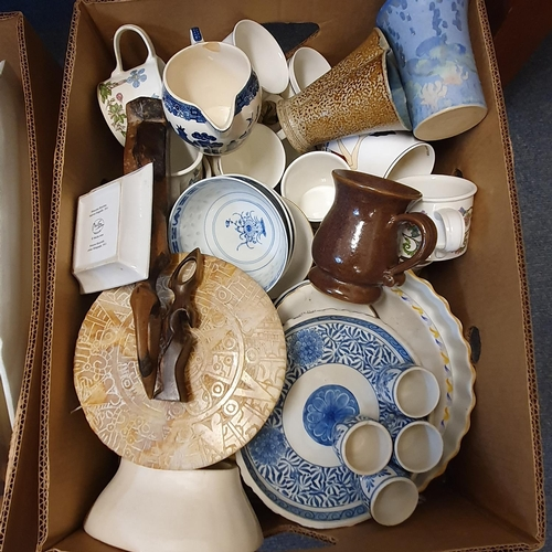 533 - An Art Pottery dish, decorated swans, various ceramics and glassware (4 boxes)