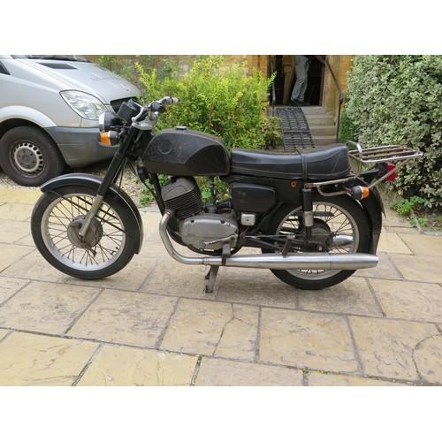 39 - 1976 CZ 250  Being sold without reserve Registration number PKM 669R Frame number 001374  Engine num...