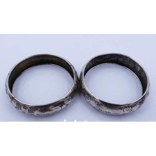 15 - A Pair of Hallmarked Birmingham Silver Napkin Rings Dating from 1919 Weighing 5.2 grams (as a pair)...