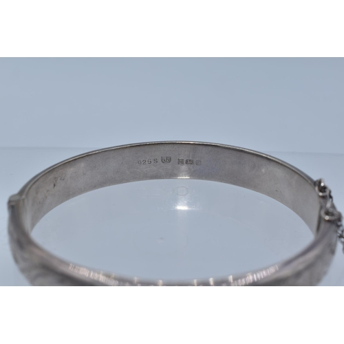 52 - Hallmarked Birmingham 925 James Swan Decorative Silver Bangle Dating From the 1980s with Presentatio...