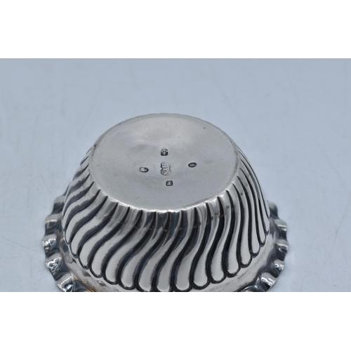 59 - Hallmarked Birmingham Silver Salt Dating From 1889 Weighing 20.2 grams...