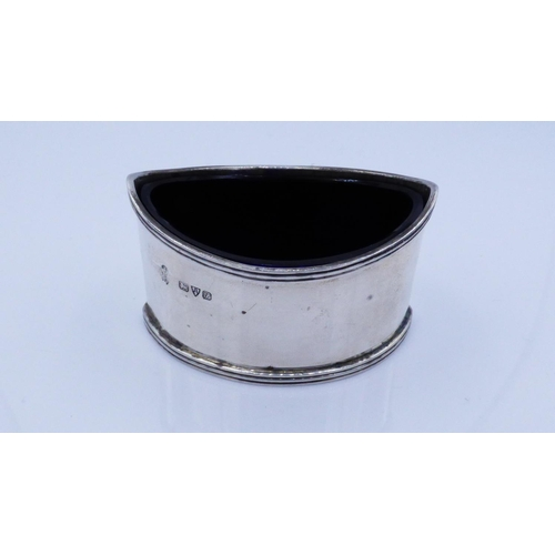 9 - Hallmarked Chester Silver Salt With Blue Liner Dating From 1915 Weighing 51.7 grams (without glass l...