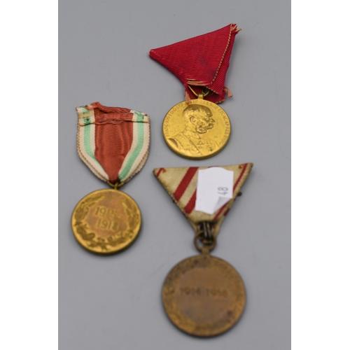 48 - Austro Hungarian Empire Medals x 3 Including Bulgarian War Medal, Austrian WWI Commemorative Medal, ...