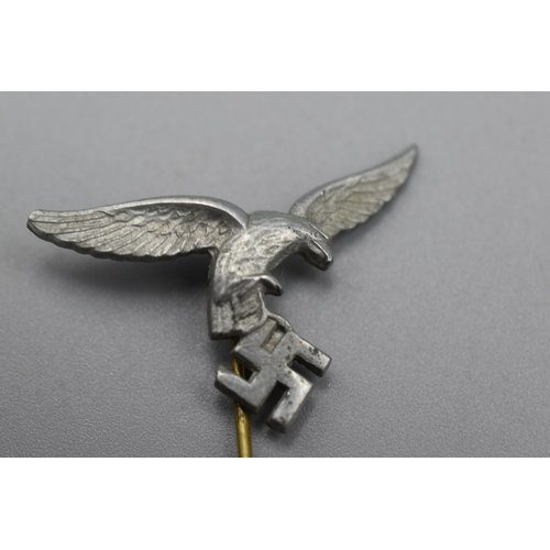 165 - WWII German Luftwaffe Eagle and Swastika Pin Badge...