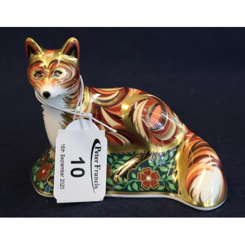 10 - Royal Crown Derby bone china paperweight fox cub with gold stopper. Unboxed.  (B.P. 21% + VAT)...