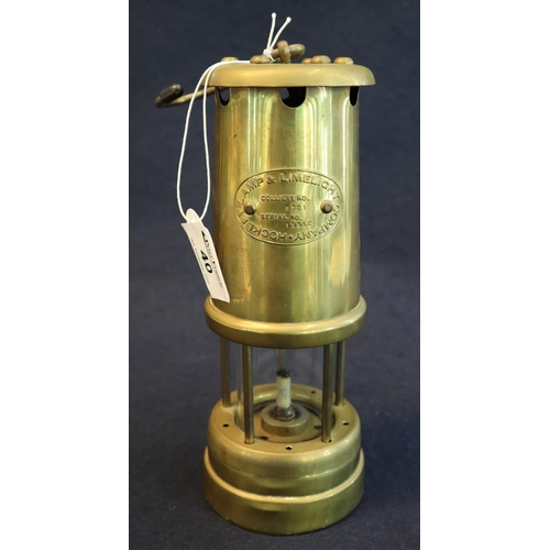 40 - Lamp and Limelight Company Hockley miner's lamp. (B.P. 21% + VAT)...
