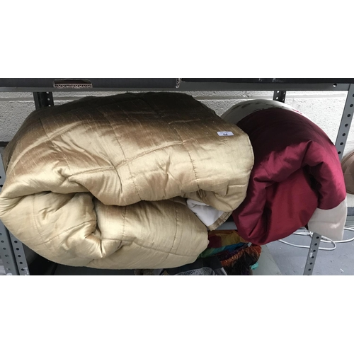 54 - 2 High quality bed throws