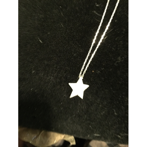 60 - LOVELY SILVER NECKLACE WITH C/Z STAR PENDANT