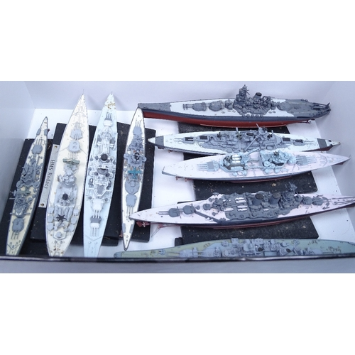 40 - A group of Atlas collection diecast model ships...