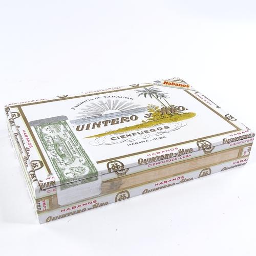 56 - Box of 20 Quintero cigars, Londres Extra 25, 2017...