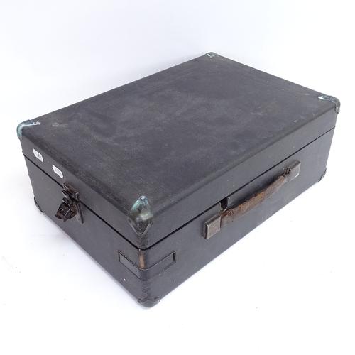 29 - A Vintage HMV portable gramophone with crank, case length 42cm...