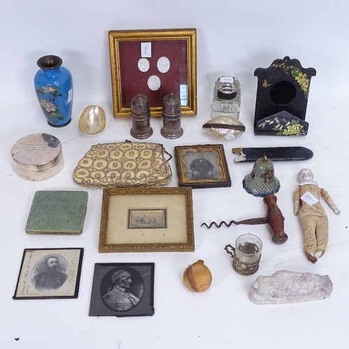 31 - Various interesting collectables, including Art Deco shagreen compact, small plique-a-jour enamel be...
