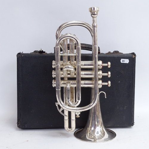 40 - A Weltklang Y958 silver plated 3-valve cornet, serial no. 121441, length 35cm, in fitted hardshell c...