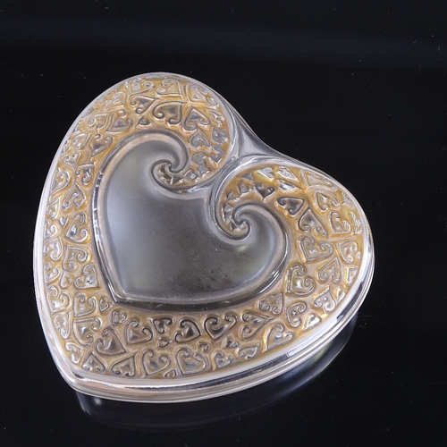 51 - LALIQUE - frosted and stained glass coeur (heart) shaped box, engraved signature, 10cm x 10cm...