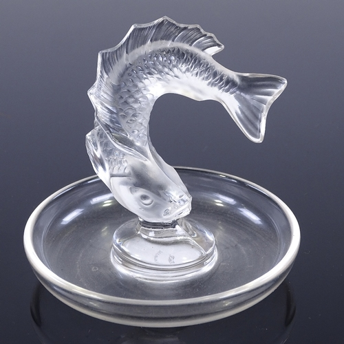 55 - LALIQUE - glass pin dish surmounted by frosted glass fish, engraved signature, height 8cm, diameter ...