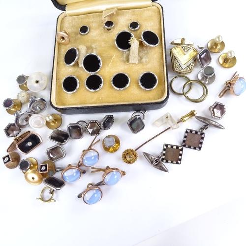 820 - Various Vintage dress studs and cufflinks, including 15ct gold stickpin, 15ct dress stud...