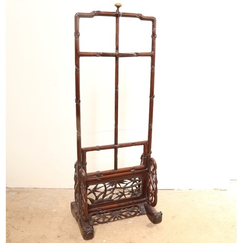 58 - A Chinese rosewood Hongmu floor-standing rise and fall screen, bamboo style decoration, height 97cm