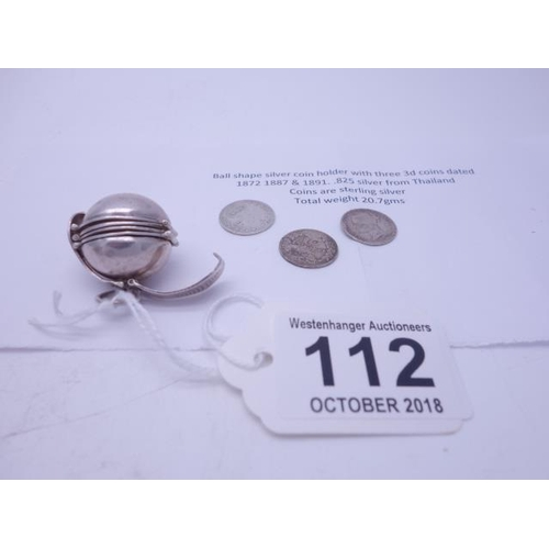 112 - Interesting metamorphic ball shaped coin holder marked 825 Thailand to base, 3 x small accompanying ...