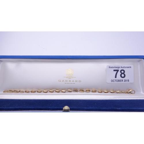 78 - Superb vintage 18 ct gold Ladies Garrard link bracelet in original Blue leather presentation box 7.5...